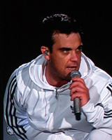 478px-Robbie_Williams_catzi